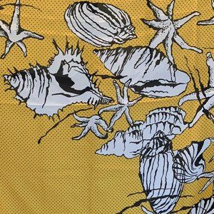 Accessories - Vtg Made in Italy large Seashell Scarf Wrap